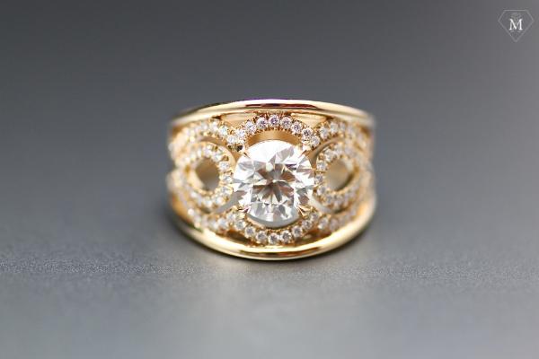 bague de fiançailles or jaune et diamants - bandeau